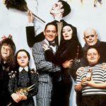Ricordi la Famiglia Addams? Ecco come sono oggi i protagonisti – GUARDA