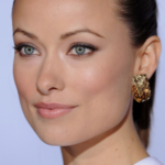 Olivia Wilde paparazzata in costume alle Hawaii (FOTO)