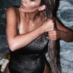 Kim Kardashian protagonista della campagna Violet Grey (FOTO)