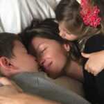 8 foto di vip in veste di mamme indaffarate con i propri figli