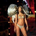 Lair Riberio, la modella di Victoria's Secret ha le smagliature (FOTO)