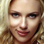 Scarlett Johansson sexy ed elegante esce da un Gala a New York (FOTO)