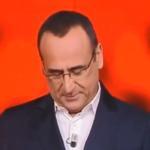 Carlo Conti straziato dal dolore torna a condurre l'Eredita di Frizzi (VIDEO)