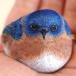 Questo artista trasforma le pietre in adorabili animali in miniatura