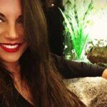 Francesca De André stuzzica i fan con alcuni selfie al cardiopalmo