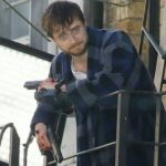 "Daniel Radcliffe sul set di ""Guns Akimbo"" (FOTO)"