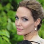 Angelina Jolie si è tinta i capelli