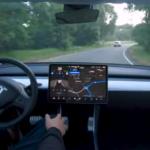 Tesla svela il nuovo sistema di guida autonoma (VIDEO)
