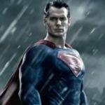 Ecco il costume nero di Superman che hanno deciso di tagliare dal film (FOTO)