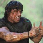 Scene cult dei film famosi, ma al posto delle armi…i pollici all'insù: il meme positivo sul web