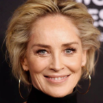 Sharon Stone racconta la sua esperienza su un famoso sito di incontri