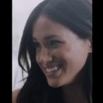 Meghan Markle bella e simpatica chiacchiera nel backstage di Vogue (VIDEO)