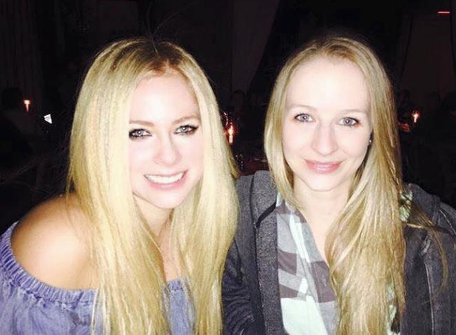 sorella di Avril Lavigne