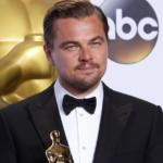 """""""Scusi dov'è questa via?"""" E non si è accorge che ha di fronte Leonardo Di Caprio (FOTO)"""