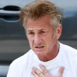 Sean Penn spettinato in diretta tv è il nuovo idolo dei fan – GUARDA