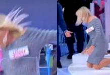 Gemma Galgani cade dalle scale a Uomini e Donne (VIDEO)