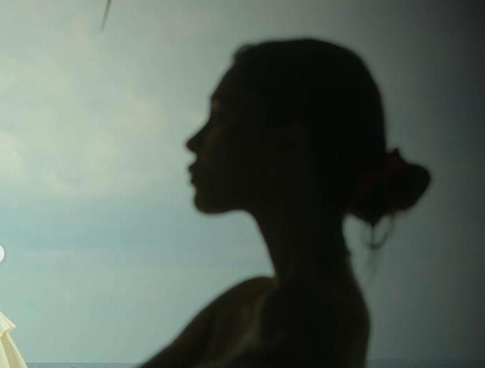 Belen alle Maldive con il fidanzato: fan furiosi (FOTO)