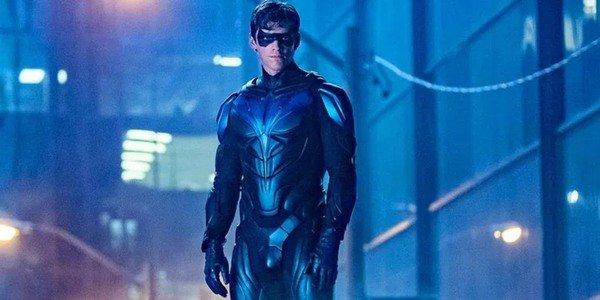 Brenton Thwaites è Nightwing in Titans