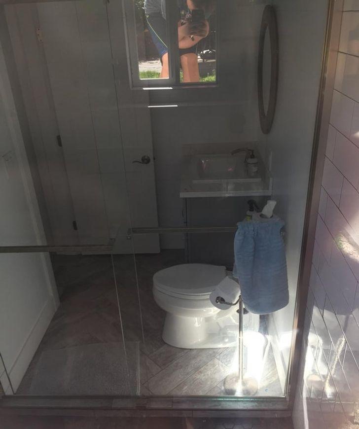 14 bagni stravaganti che hanno scambiato la privacy per una splendida vista